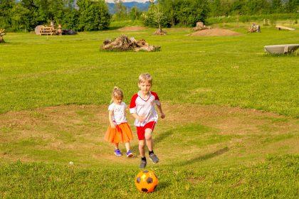 Kindergeburtstag mit Fußballgolf